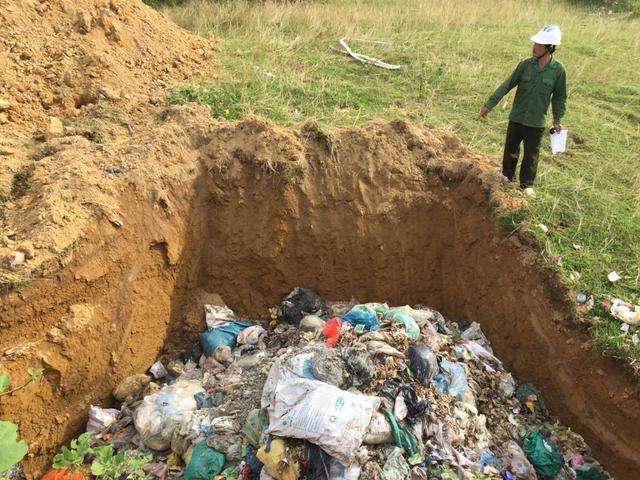 chôn lấp rác