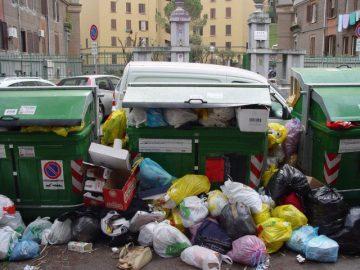 thùng rác và rác thải